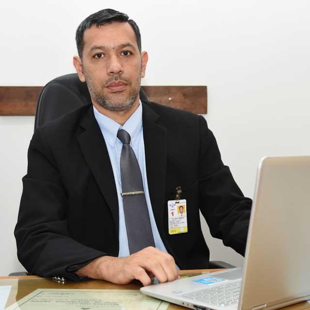Raúl E. Rodas F.